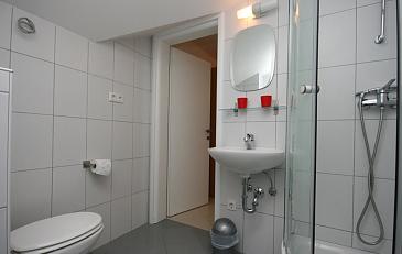 Ap.-6-Badezimmer